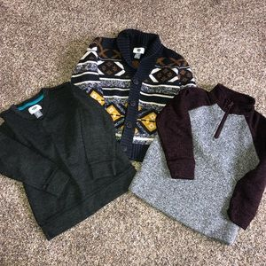 Boys XS (5) lot of 3 Old Navy Sweaters